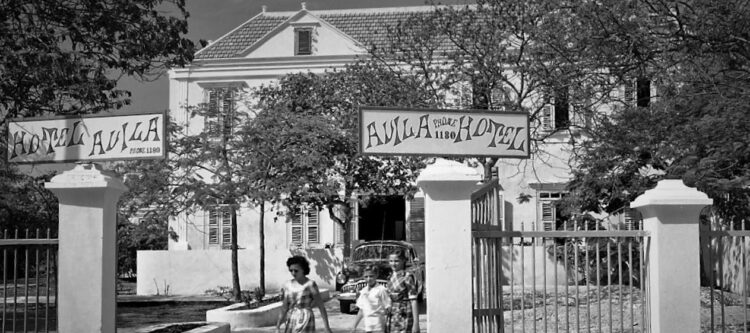 Avila Beach Hotel in 1949, the oldest operational hotel on Curacao - copyright Fred Fischer