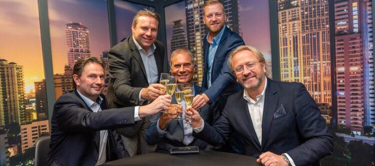 Kopstukken van D-rt, DTA en TravelXL ondertekenen samenwerkingsovereenkomsten met TUI