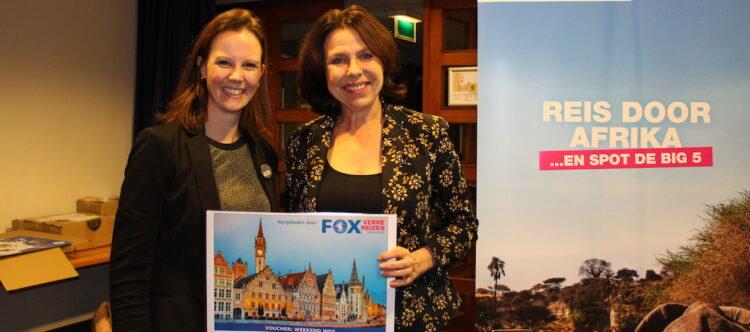 Diana Zwartelé (FOX) en Angelique van Schaijk (Personal Touch Travel). Angelique won een weekendje weg voor twee personen!