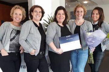 Van links naar rechts: Judith de Baar, Sonja Legius, Kitty van Rijssel, Karin van Grimbergen en Anneke Weijnen van Travel Service Best