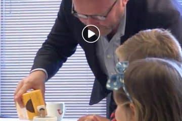 Video - Must see: Arjan Kers (CEO TUI Nederland) in gesprek met kinderen