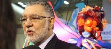 (Video) El Salvador onderzoekt directe vlucht Amsterdam