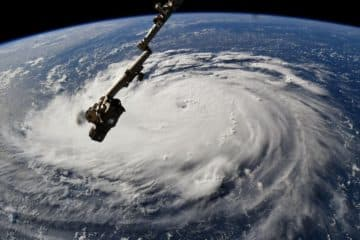 'Monster storm' Florence zwaarste in jaren: 1 miljoen Amerikanen op de vlucht, airlines vol aan de bak