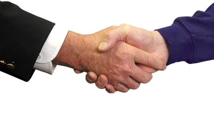 Vernieuwde overeenkomst Travelport en Schiphol Travel International