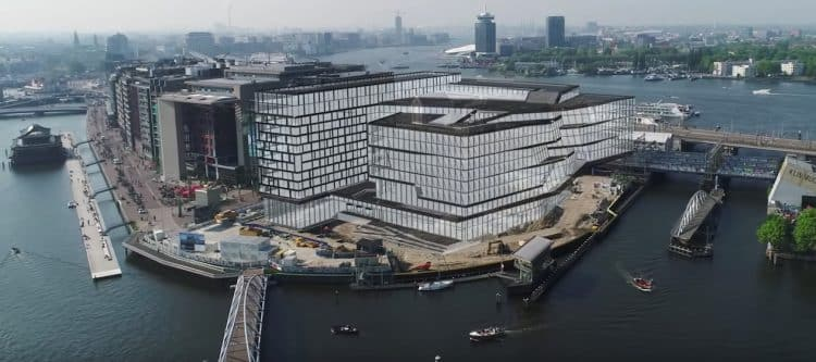 Booking.com bouwt Silicon Valley-achtige campus in hartje Amsterdam