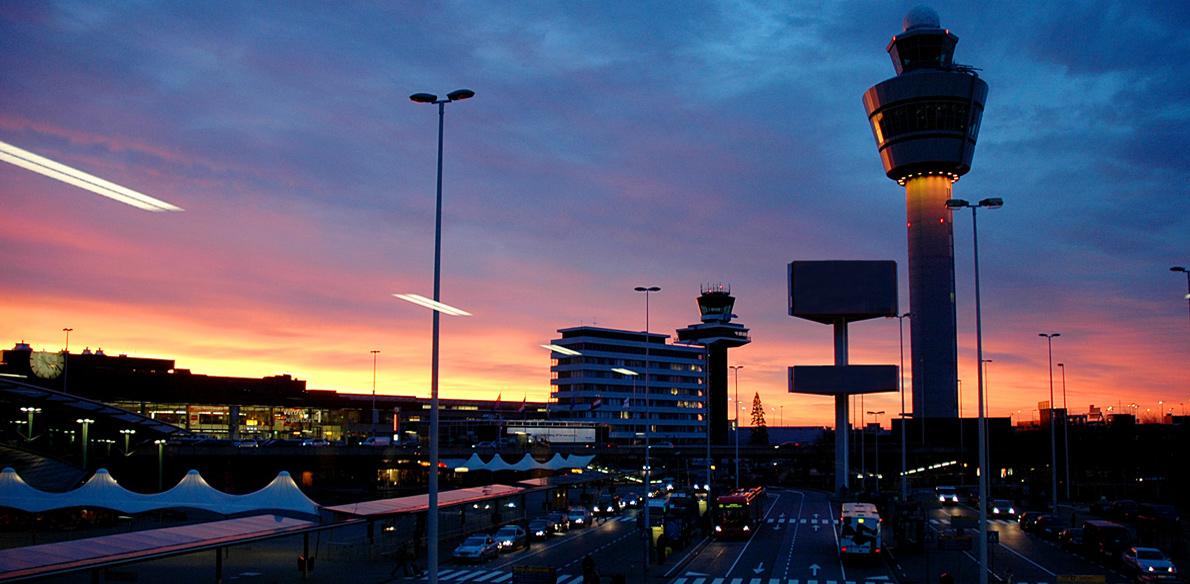 Schiphol wint prijs voor 'best Social Media airport'