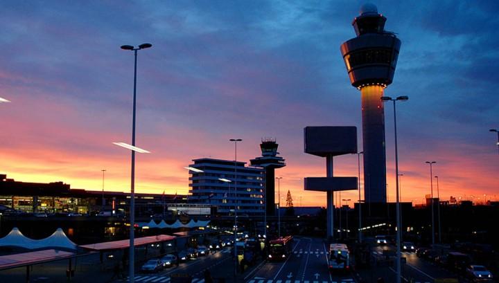 Mogelijk zevende baan en nieuwe terminal Schiphol