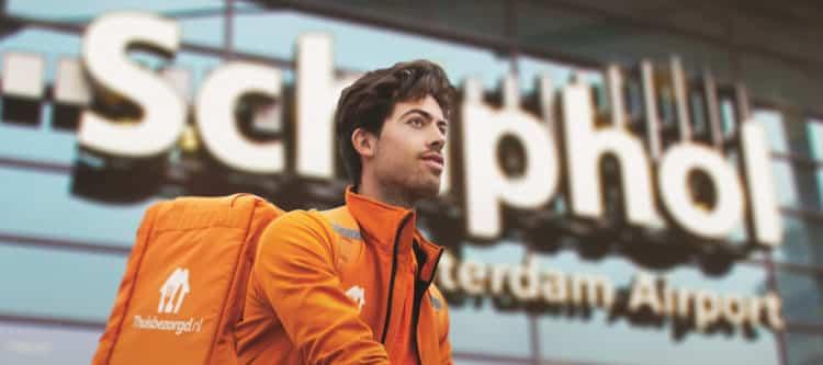Thuisbezorgd.nl gaat bij bedrijven op Schiphol bezorgen