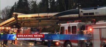 Grote ramp met Amtrak passagierstrein